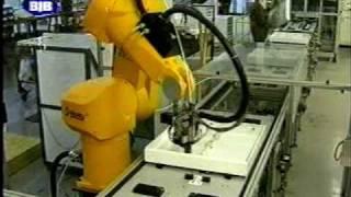 ROBOTS INDUSTRIALES TRABAJANDO