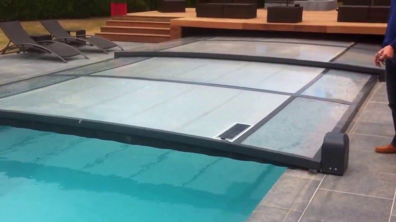 Automatisme de l 39 abri de piscine outdoor youtube for You tube abri de piscine
