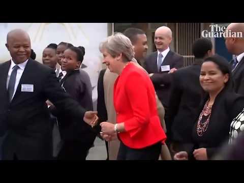 Theresa May dances with Hatrið mun Sigra