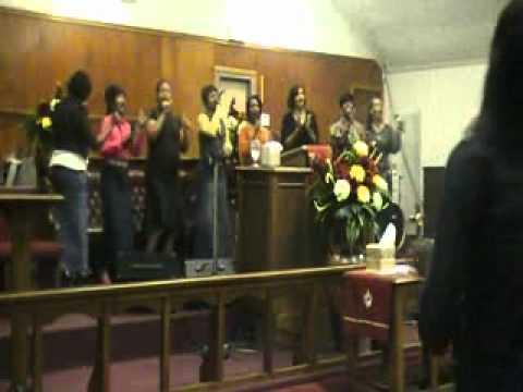 APH Praise Team Singing, Let Everything That Hath ...