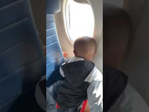 Toby Knapp - VIRAL: Kid calls out WOMAN for behaving BAD on the PLANE! #HERO!