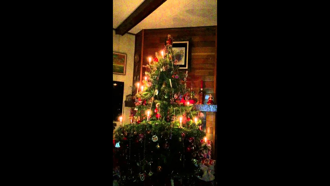 old fashioned christmas tree with candles - Old Fashioned Christmas Tree Lights