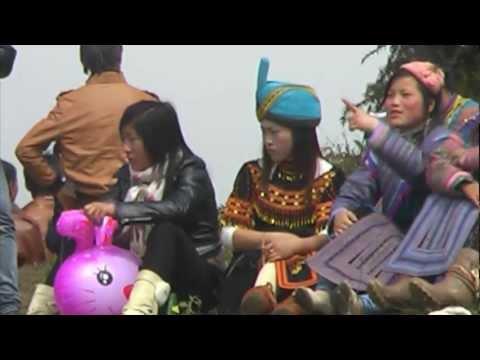 Hmong New Year In nyob pha long viet nam 5/1/2013