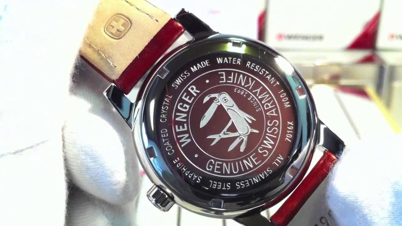 Wenger Commando Day Date 70162.XL - YouTube c0d37afe0cb