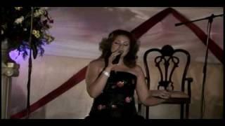 Maribel Salinas-Demasiado herida