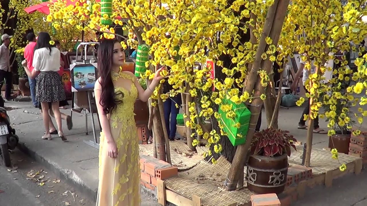 Lễ hội Tết Việt Ất Mùi 2015 ở Nhà Văn hóa Thanh niên TP.HCM