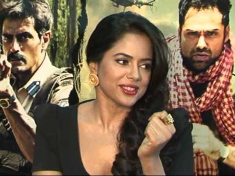BEAUTIFUL SAMEERA REDDY INTERVIEW FOR CHAKRAVYUH. TALKS ABOUT HER ITEM SONG