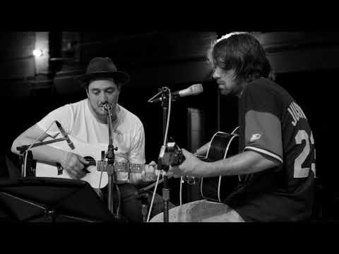 Marcus Mumford & Justin Hayward-Young VD