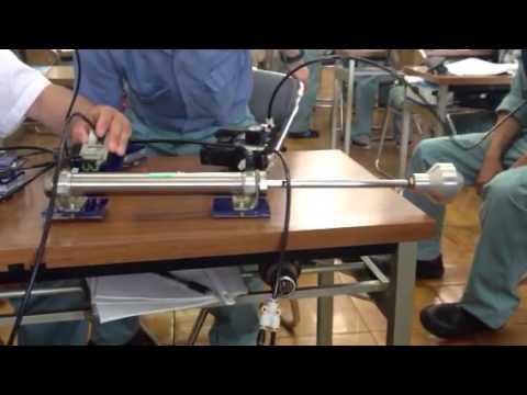 空気圧制御。二本のシリンダーの共演。posted by lolamaarld