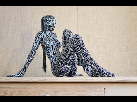15+ Of The Most Beautifully Twisted Wire Sculptures | how to make wire sculptures