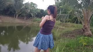 Amazing fishing beautiful girls primitive technology 47