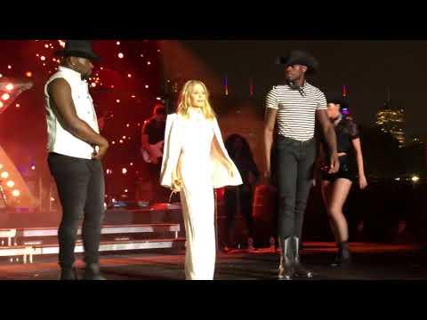 Kylie Performs Golden & Spinning Around