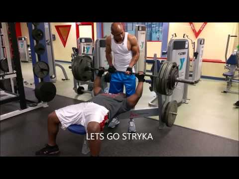 DENNIS BURTON (STRYKA) MAXING OUT AT 470 LBS AT YMCA WAYCROSS GEORGIA