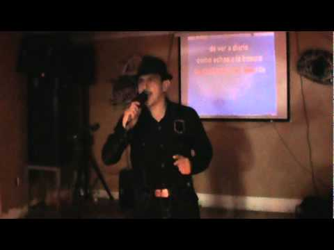 Karaoke time en Long beach Ca con Manuel Martinez
