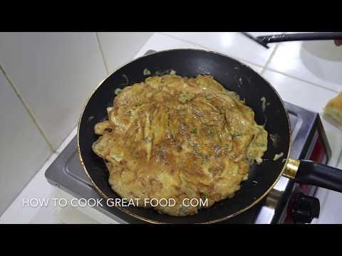 Omelette Pav - Indian Street Food - The Best Egg Sandwich EVER
