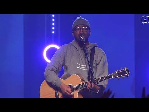 """Chandler Moore  - """"Holy Spirit & I Surrender"""""""
