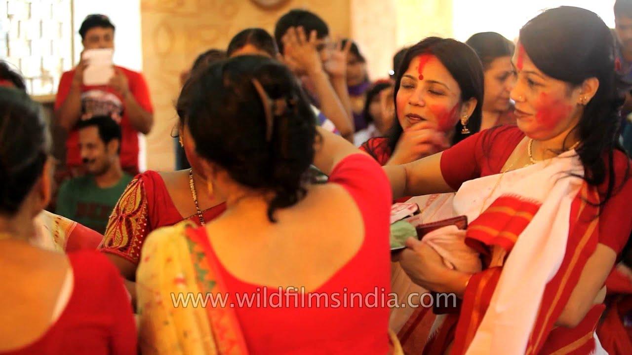 Calcutta aunties