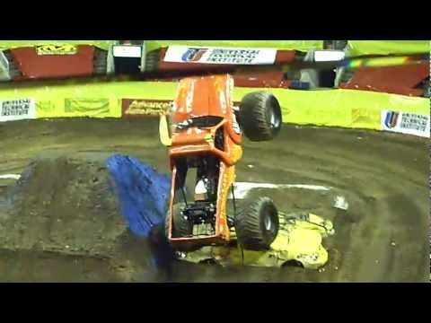 Advance Auto Parts Monster Jam Bridgeport CT 2011 ...