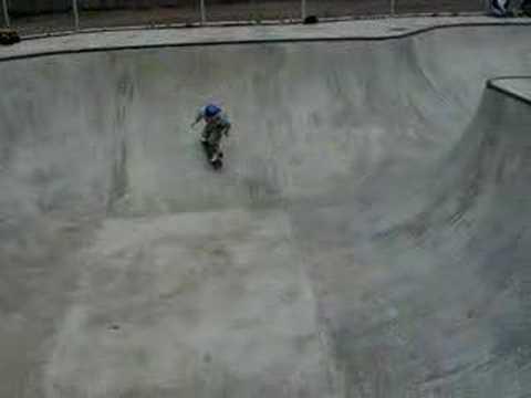 ShawnZ skating Boyce Skatepark, Monroeville, PA