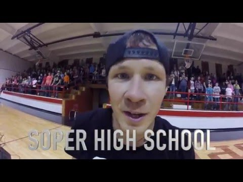 How To Dance Soper High School Edition (w/ @pelevate)