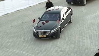 Cumhurbaşkanı Erdoğan'a Van'da muhteşem karşılama