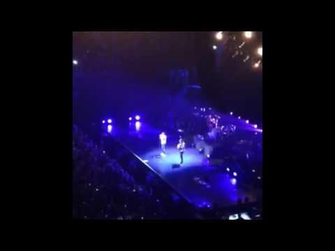 Maroon 5: She Will be Loved | Live 2015 September | Sydney, Australia