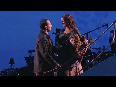 Kelli O'Hara, Patrick Wilson, and Aasif Mandvi Appear in Encores! Brigadoon