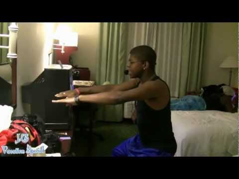 "Jeevi and Lexi Show Vacation: Part 3~ ""Hotel Hangout"""