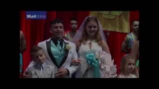 Первая в США свадьба под куполом цирка