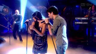 Gambar cover Enrique Iglesias feat Nicole Scherzinger   Heartbeat LIVE HD) HD