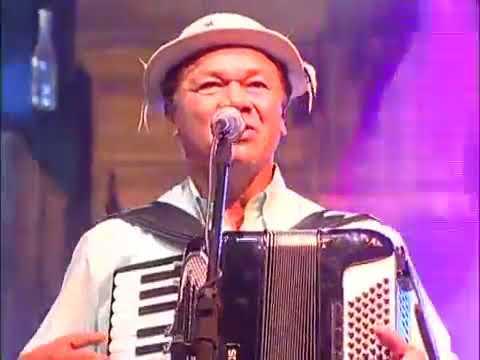 Assista: Trio Virgulino e Dominguinhos - Oi Que Balanço Bom - DVD 26 Anos