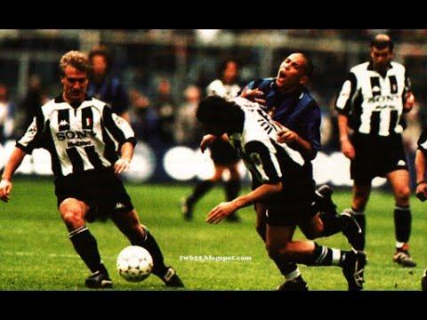 Juventus Vs Inter Milan 1997 98 Youtube