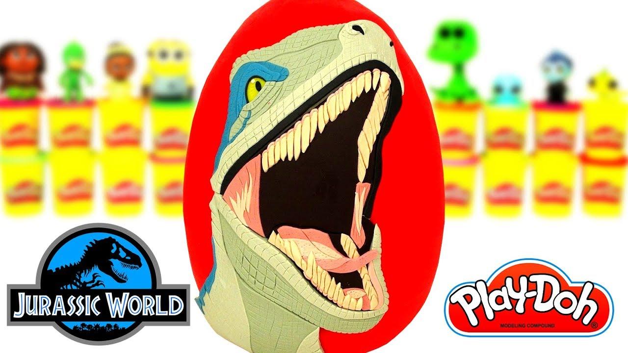 Küçük çocuklar için. Sürpriz yumurtadan Dinozor! Kum oyunları.
