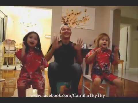 """""""Ông xã em number one"""" Camilla ThyThy với Taylor, cậu Phát và ông ngoại"""