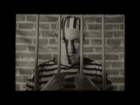 Смотреть клип Emma Blackery - My Terms