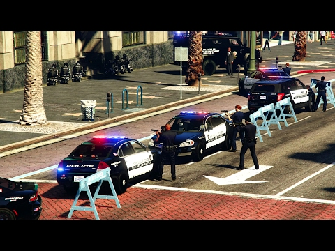 GTA 5 LSPDFR Playing As A Cop Episode #102 - Pacific Bank Robbery (Shootout/Hostage Rescue, Pursuit)