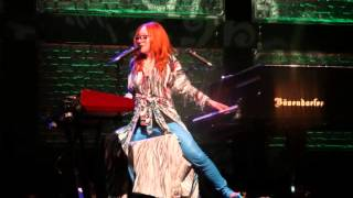 Sixteen Shades Of Blue - Tori Amos live in Prague 11.06.2014