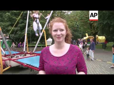 Thousands of redheads flock to annual ginger festival