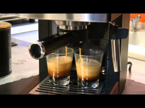 machine expresso class philips saeco avec moulu youtube. Black Bedroom Furniture Sets. Home Design Ideas