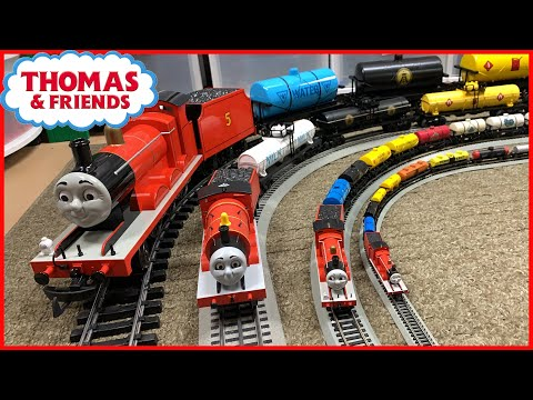 James pulling Tank Cars – 4 Scales Thomas & Friends Trains