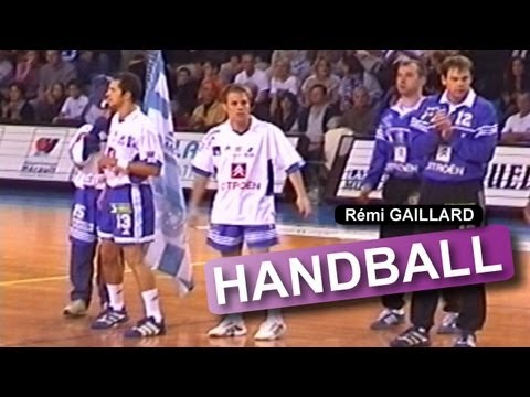 REMI GAILLARD PIEGE UN MATCH DE HANDBALL