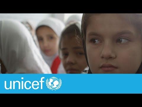 Going door-to-door to reduce child deaths in Afghanistan | UNICEF