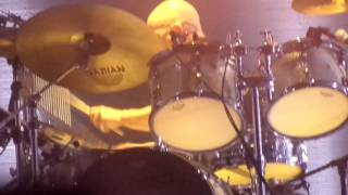 Massive Attack - Hymn Of The Big Wheel (live Rock en Seine 2016)