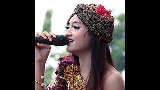 Gambar cover Jihan Audy - Kemarin (LIRIK)