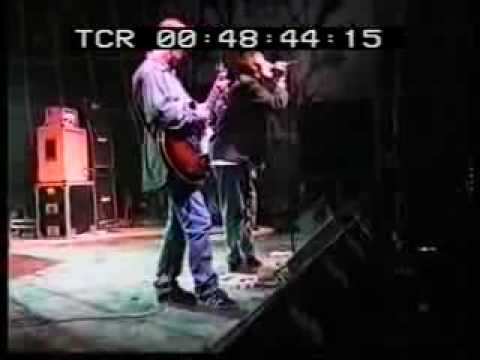 "Early OASIS gig in a small venue    ""FADE AWAY"""