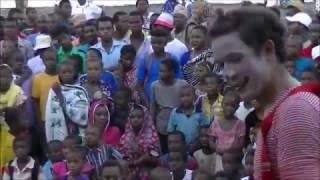 Circo na Africa - O poder da arte - 9 Meses, Uma Geração - Rogério Piva