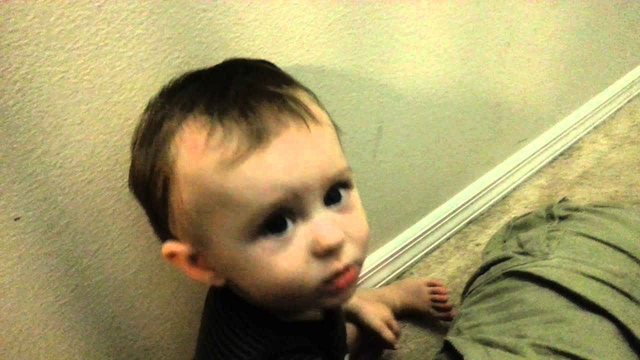 Baby Hitting Head Into Wall Until He Cries Youtube