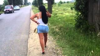 Romania - prostituate la marginea drumului