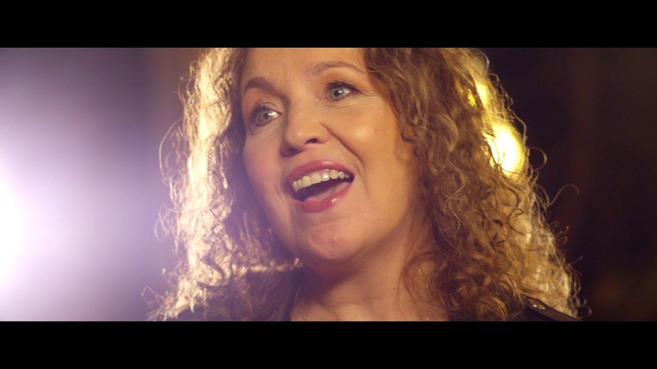VIDEOCLIP: Corina - Onze liefde leeft