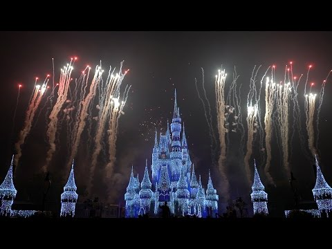 Holiday Wishes Fireworks Show 2016 | Walt Disney World | Mickey's Very Merry Christmas Party